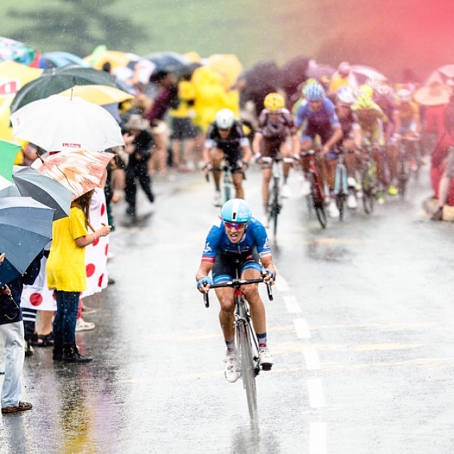 Great photo of Ramunas charging through the rain today. Via @jeredgruber