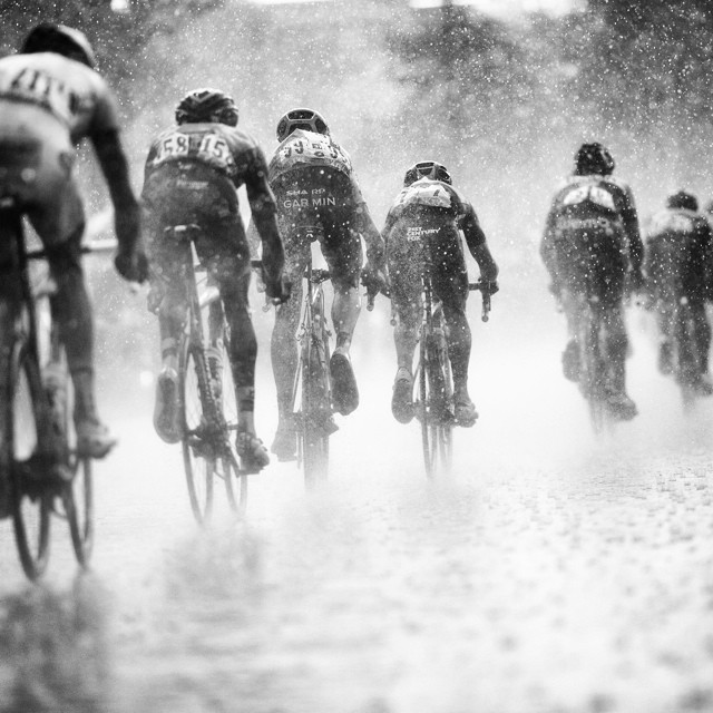 Johan Vansummeren in the pouring rain - 25k before yesterday's finish in Nîmes. #tdf | via @jeredgruber