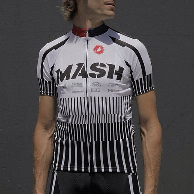 Live these kits from @mashsf you can get them in Europe from @cinelli_merch