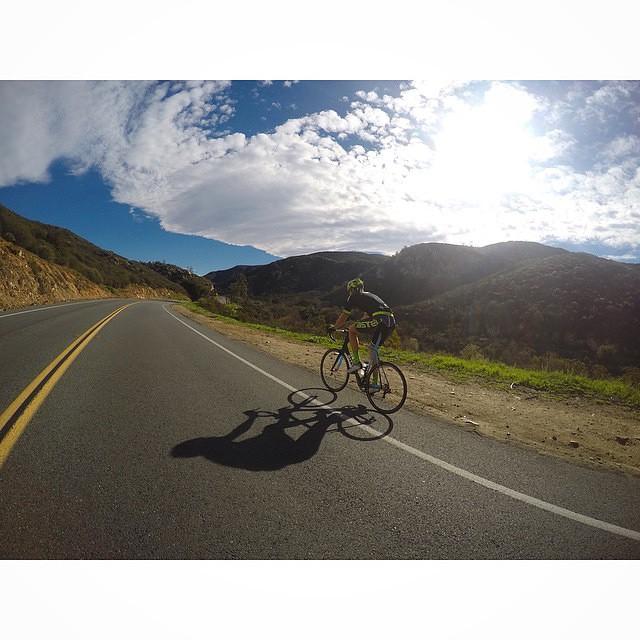 Perfect Sunday Riding via @katiearaujo