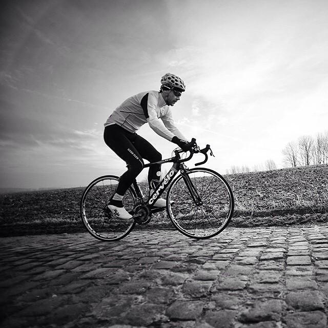 Second stunning #Flanders picture leading up to the Cobbled Classics. Andreas Klier testing a prototype of the #Gabba Long-sleeve, December, 2010. #OudeKwaremount #TourOfFlanders #RondeVanVlaanderen @jeredgruber
